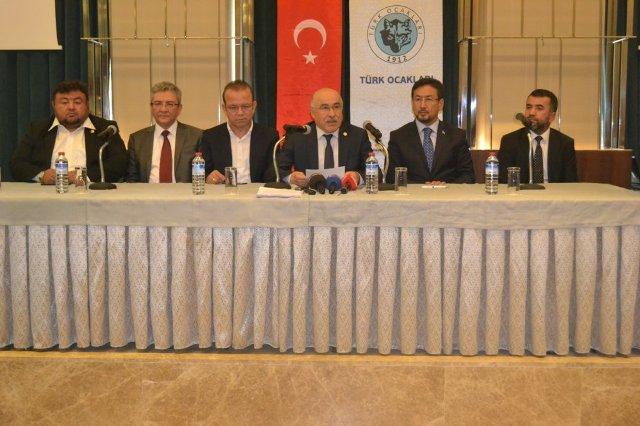 Türk Ocakları Genel Başkanı Mehmet Öz resimleri ile ilgili görsel sonucu